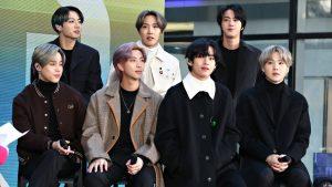 BTS Teaches a Squad Pic Master Class