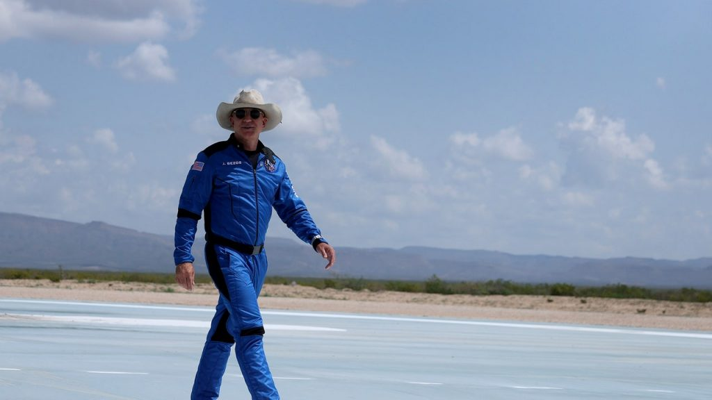 Jeff Bezos Wore a Cowboy Hat to Space